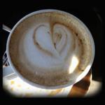 Cappuccino mit Schokoherz